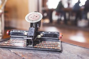 Writing like a machine - old typewriter image from Gratisography